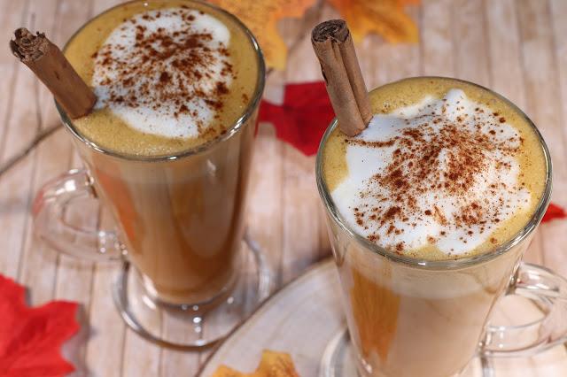 Vaso de Café Latte con Calabaza