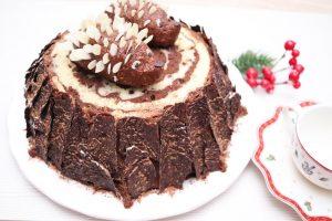 Pastel de Chocolate Tronco con Erizos