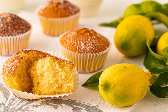 Bizcocho de Limón con Yogur Abierto