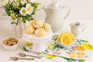 Galletas de Limón Craqueladas con Azúcar Glass