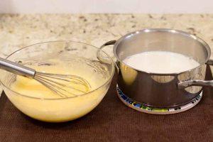 Añadir Leche al Bol de Crema Pastelera