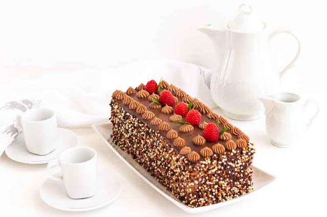 pastel de chocolate con ciruelas pasas