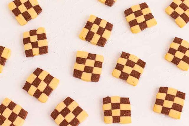 galletas con harina de almendras ajedrez preparadas