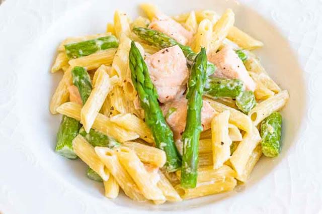 receta de pasta con salmon y esparragos