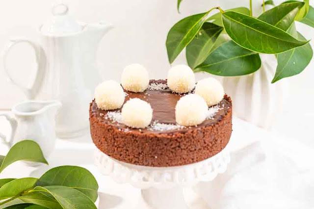tarta de coco y chocolate negro