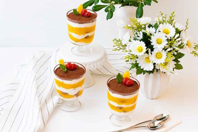 tiramisu con mango sin mascarpone