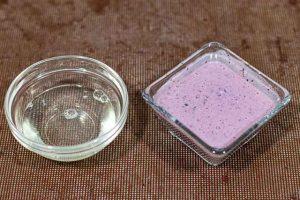 mezclar gelatina con yogur para mousse de arandanos