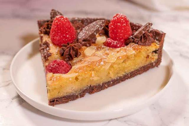 receta de tarta con frambuesas y frangipane