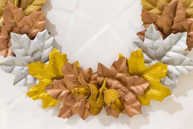 como hacer corona de hojas otono 2020