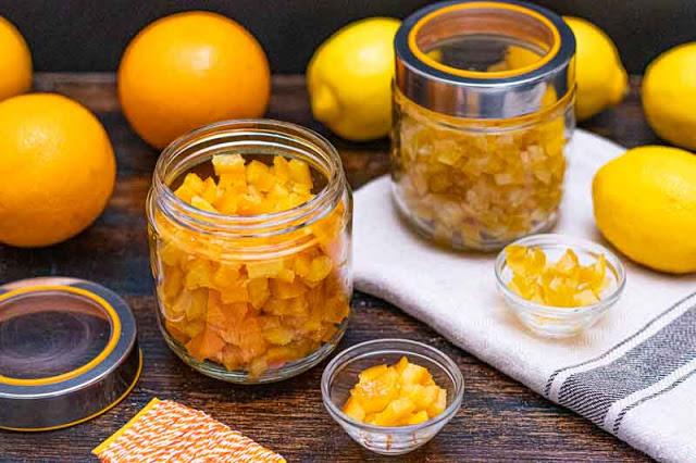 cascaras de naranja o limon confitadas