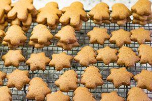 dejar enfriarse a galletas de caramelo
