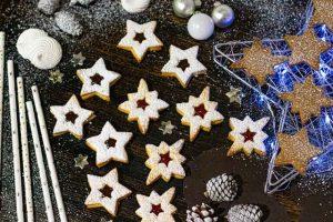 galletas rellenas de mermelada y chocolate
