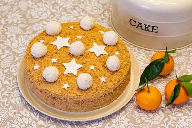 pastel ruso con miel y caramelo