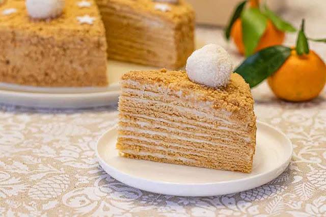 receta de pastel ruso con miel y caramelo