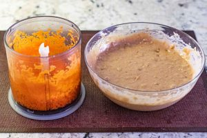 agregar zanahoria rallada o picada a mezcla para muffins