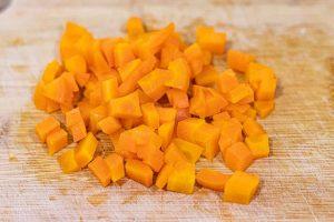 ensaladilla rusa picar zanahorias