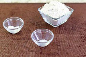hacer mezcla seca para bizcocho de pastel con mousse
