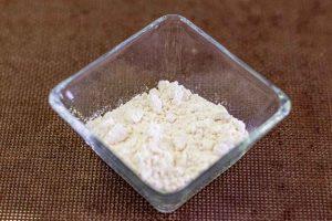 poner harina en sarten para crepes con setas
